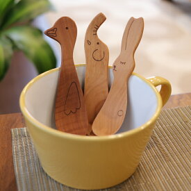 選べる3本セット 木の食育グッズ とってもかわいい動物のおやつスプーン 木のフォーク カトラリー 木製 【メール便発送】