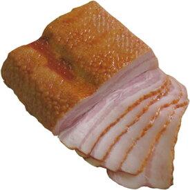 Theマイスター・燻製ベーコン「塊」400g。秘伝のスモークチップにより手間暇かけて作られたベーコン