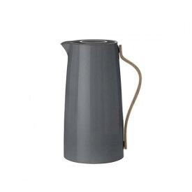 Stelton EMMA バキュームジャグ コーヒー グレー レトロスタイル ブナ材 融合 エマシリーズ 温かみ 優しさ モダン ボタンを押すだけで開閉 片手操作 簡単 保温効果 シンプル デザイン 北欧 キッチン ダイニング ホルムバック・ノーデントフト