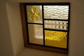 ステンドグラス 五つのガラスフュージング桜イエロー18cm×18cm