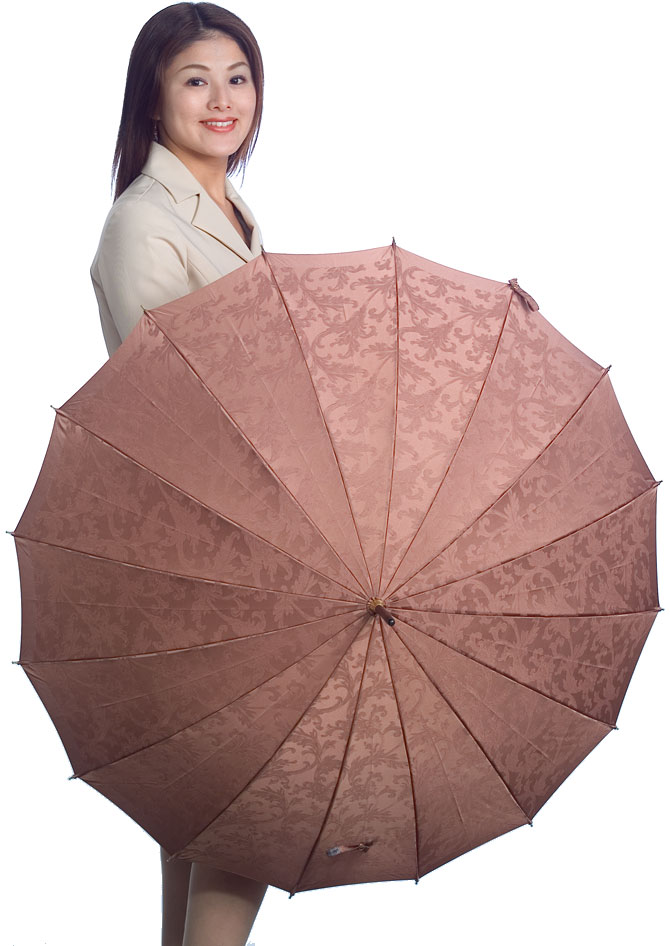 【受注作成】4月上旬仕上予定Royal 16 (ライトブラウン) 「皇室御用達」前原光榮商店・婦人雨傘とも生地外袋つき ※現バージョンは楓ウェイブ型ハンドルになりタッセル(房)がつきますみや竹オリジナル仕様