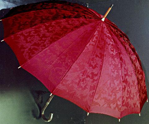【受注作成】10月上旬仕上予定Royal 16 (ワインレッド) 「皇室御用達」前原光榮商店・婦人雨傘】とも生地外袋つき ※現バージョンは楓ウェイブ型ハンドルになりタッセル(房)がつきますみや竹オリジナル仕様