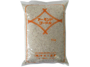 サガミ 皮付きアーモンド粉末 プードル 1kg 【常温】