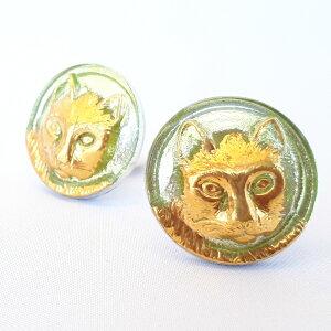 【メール便対応可】チェコ 伝統工芸品 ガラスボタン イヤリング キャット メタリック