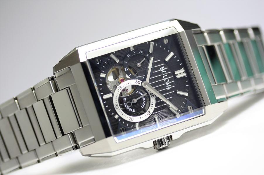 BULOVA【ブローバ】AUTOMATIC【オートマチック】レクタンギュラー自動巻き腕時計/正規代理店商品/角型ケース