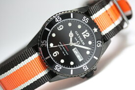 【デッドストック】フランスのOXYGEN【オキシゲン】Diver36・クォーツ・デザインウォッチ/男女兼用腕時計/正規代理店商品/ボーイズサイズ