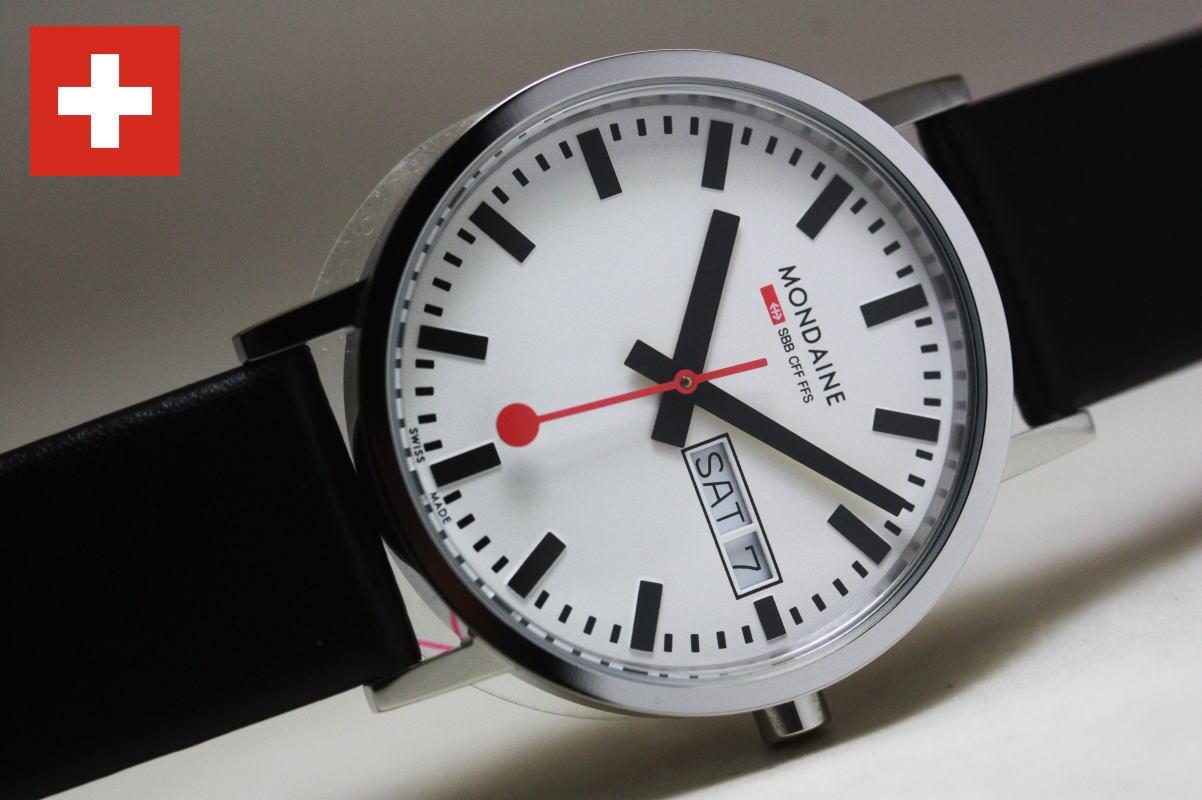 スイス鉄道公式時計MONDAINE【モンディーン】初期型のケースフォルムを復活させたデイデイト・モデル!/鉄道時計/正規代理店商品/ボーイズサイズ