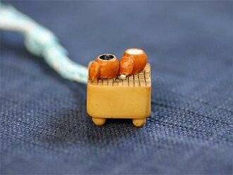 Edo small netsuke (go)
