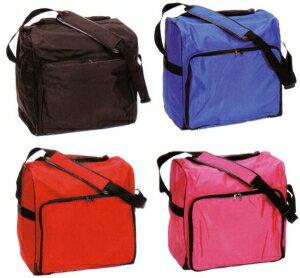 ナイロン製のショルダー式ボストンバッグタイプの剣道防具袋です。