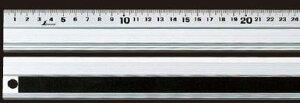 シンワ測定 アルミ直尺アル助 スベリ止付 30cm 65331