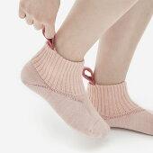 N足入れしやすい靴下