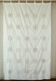 カーテン 間仕切り つっぱり 北欧 ヒュッゲ おしゃれ 刺繍 カントリー 雪 雪の結晶 冬 スノーフレーク エンブロイダリー 綿100% コットン クリスマス グレー ベージュ GY ホワイト 白 インド綿 丈180cm 幅110cm