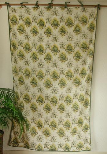 カーテン 間仕切り つっぱり おしゃれ カントリー 北欧 花柄 ガーランドフラワー インド綿100% コットン 白 グリーン GR 丈180cm 幅110cm