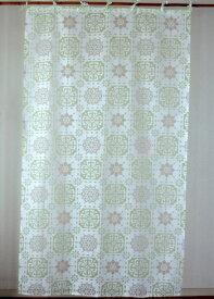カーテン 間仕切り つっぱり 北欧 おしゃれ 透けるモザイクタイル柄 花柄 セリンフラワー アジアン バーンアウト オパール加工 白 グリーン GR インド綿 コットン 長さ178cm 幅105cm