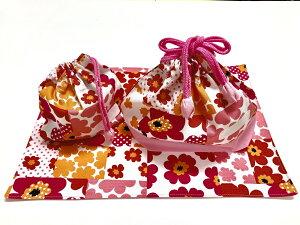 【手作り1点物♪】お弁当袋、コップ袋、ランチョンマット ランチ3点セットマリメッコ風 ピンク切り替え