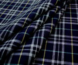 国産上質ウール/ポリエステル先染めマルチカラータータンチェック平織り♪ネイビー地にライトグレー等のマルチカラータータンチェック♪生地幅150cm