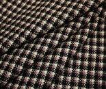 ウール/ポリエステル梳毛紡毛調黒/白/ピンクのミニ・チェックドビー平織り生地。やや薄手日本製w巾150cm布布地服地通販ウール生地50cm以上10cm単位チェック柄