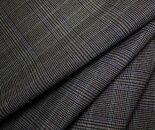 ウール/ポリエステル混先染めグリーン&ブルーの細ライン入りグレー&黒のグレンチェック調平織り生地