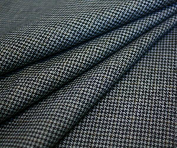 ソフトでなめらか 日本製高級ウール100% 先染め白 黒 ブラウンのマルチカラー・ミニ千鳥格子 チェック 綾織り W巾150cm 布 生地 布地 服地 通販 ウール ウール生地 チェック柄 千鳥 10cm単位 ツイル 毛