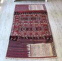 バクティアリ族のキャメルバッグ・オールドキリム242×115cm赤と紺・細かなスマック織り