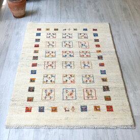 ギャッベ/ギャベ・カシュカイ族の手織りラグ・アマレ・アクセントラグサイズ150x100cm ナチュラル・アイボリー・カラフルタイル&スクエア・動物と植物モチーフ
