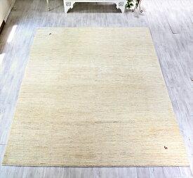 ギャッベ ギャベ・カシュカイ族の手織りラグ・バナフシェBanafsheh/大型ルームサイズ308x242cm ナチュラルアイボリー・ライン・動物のモチーフ