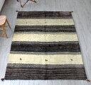 ギャッベ(ギャベ)カシュカイ族の手織りラグ・リビングサイズ230x171cm ナチュラルカラーのストライプボーダー・動物モチーフ