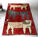 ライオンラグ オールドギャッベ・シラーズ・カシュカイ族の手織りラグ・アクセントラグサイズ151x94cm 3頭のライオン・レッドベース