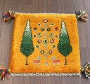ギャッベ チェアマット イラン製手織り39×39cmイエロー 糸杉の樹と実のなる樹