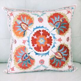 クッションカバー50cm角 ウズベキスタンスザンニ suzani シルクの手刺繍5つの赤い花模様