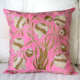 クッションカバー50cm角 ウズベキスタンスザンニ suzani シルクの手刺繍ピンク/果実の模様