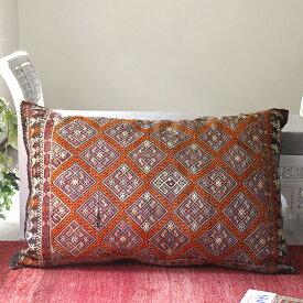 オールドキリム・クッションカバー・収納袋チュアル・表と裏が手織りのキリム125x80cm/ナザルボンジュと貝飾り/ナチュラルブラウン&オレンジのジジム