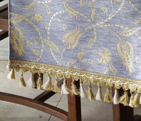 オスマントルコデザイン・肌触りのよい高級素材シュニールを使ったテーブルランナー