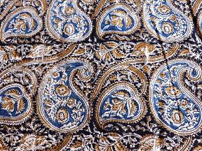 インド更紗・カラムカーリ木版ブロックプリントブルー&オリーブ&レッド/ペイズリー柄