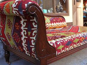 オールドキリムの木製家具・カウチソファ・シワス・切り株のような狼の足跡モチ-フ・W181×H88.5×D75