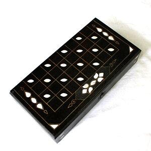 バックギャモン35cm折り畳み式【トルコ製】螺鈿模様(チェス・チェッカー)ゲームボードゲーム盤・2色駒とサイコロ付