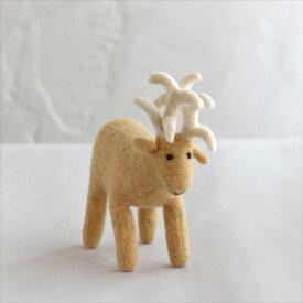 フェルトのぬいぐるみ・シカ・Mサイズ/キルギス製 Kyrgyzstan Felt animal・Deer/M size