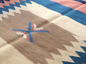 オールドキリム・アフシャール族のソフレ140×144cmソフラ