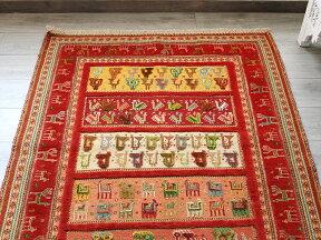 シルジャン・バルーチスマックキリム/153×110cmレッド/クジャクと羊モチーフ