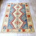 カイセリキリム・セッヂャーデサイズ色にこだわるワンランク上の織り3つのドラゴンモチーフ
