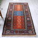 東イランの素朴な手織りキリム・グチャン/セッヂャーデ183×96cmレンガ色&ブルー・オレンジ