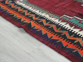 オールドキリム・チョルムチェイレキ130×112cm階段状の赤いミフラープ