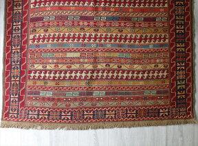 シルジャンスマックキリム/セッヂャーデサイズ192×122cm刺繍のような細かな手織り