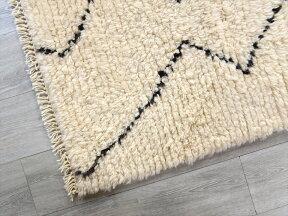 トライバルラグ・部族絨毯/Tuluトゥルトルコ・手織りカーペット204×120cmパイルの長いモロッコラグ風のラグ