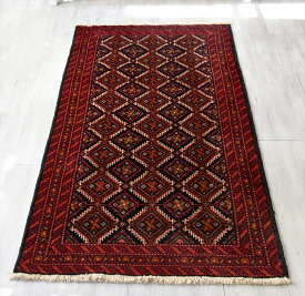 トライバルラグ・部族絨毯 バルーチ センターラグサイズ190×98cm バーガンディ/連なるギュル文様