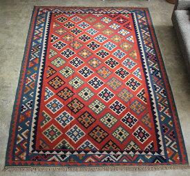 シラーズ・カシュカイ族の手織りキリム大きなルームサイズ263x182cm・明るいレッドドラゴンモチーフ