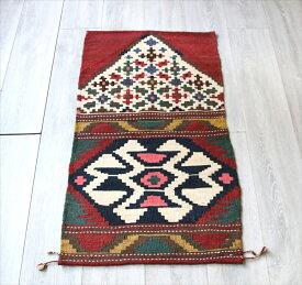 オールドキリム・カシュカイ族の草木染手織りキリム104×56cmマフラッシュ(収納袋)用のデザイン