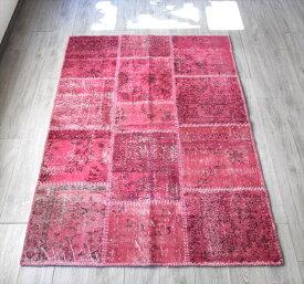手織りラグのリサイクル・パッチワークラグ200×140cmオーバーダイ・ピンク