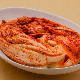 昔ながらの本漬け白菜キムチたっぷり1キロ。化学調味料・増粘剤・水あめ不使用で後味すっきり。手塗り、手振り塩の昔ながらの製法にこだわった本漬けキムチ。国産ニンニクを、一つずつ皮をむき、すりつぶして使用しています。あっさり美味しいキムチ【冷蔵】