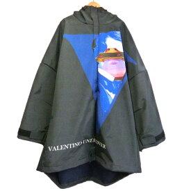 【11月14日 お値段見直しました】【中古】UNDERCOVER × VALENTINO19AW 「裏FL3LyerBIGマンパコートVU FACE」 フーデッドコート ブラック サイズ:3